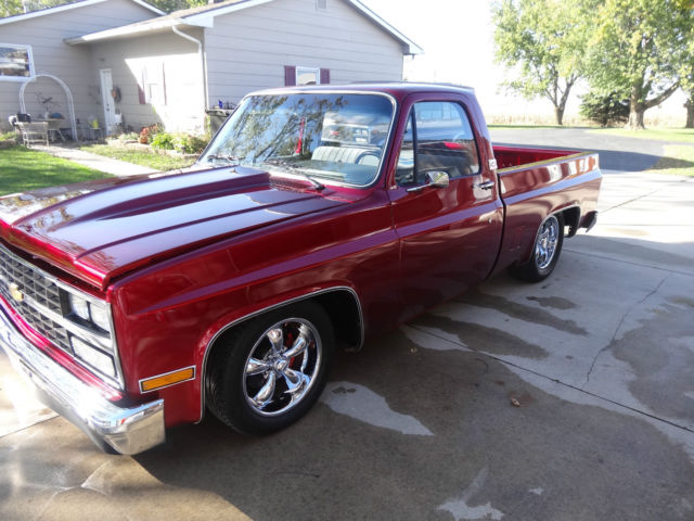 gorgeous hotrod 86 chevy shortbox pickup for sale in cedar falls iowa united states. Black Bedroom Furniture Sets. Home Design Ideas