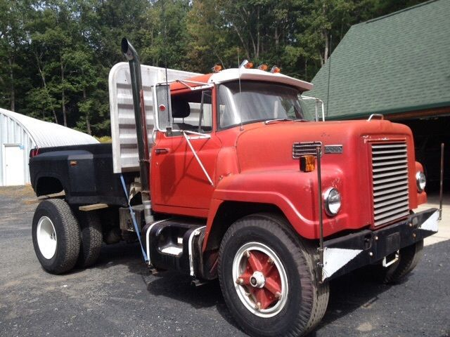 International Fleetstar 2000, single axle tractor started ...