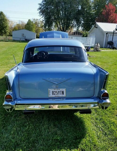 item picture 1957 chevy 210 post 2 door bel air 57 manual 5 speed for sale photos technical. Black Bedroom Furniture Sets. Home Design Ideas