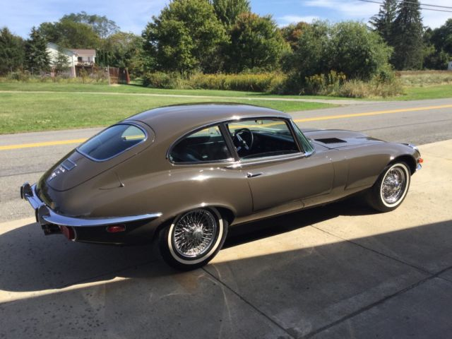 Excalibur Car additionally 1966 Mustang Wiring Diagrams as well 319381 Jaguar E Type Xke 1971 Coupe 22 Automatic Barn Find Nice Low Miles furthermore Story Behind Eco Friendly Jaguar 12568118 together with Jaguar Xj12 Fuse Box. on jaguar xke battery