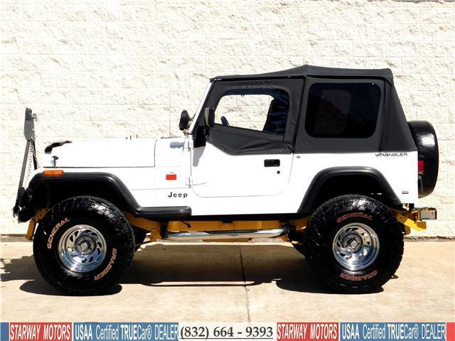 jeep wrangler white with 148 668 miles for sale. Black Bedroom Furniture Sets. Home Design Ideas