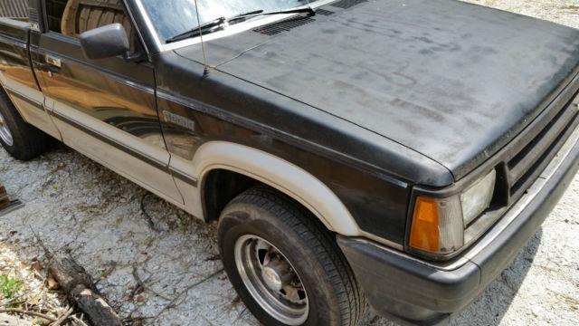 Mazda b2000 B series Pickup Truck 1986 2 0L engine is