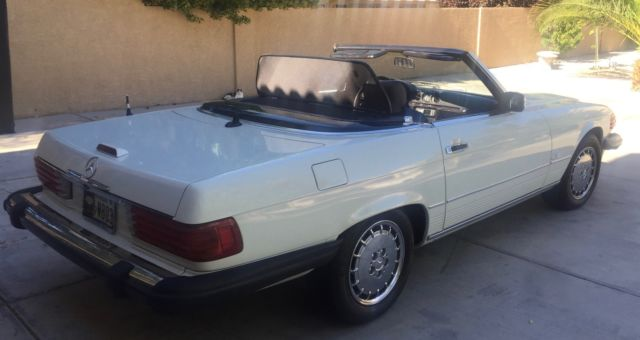 Mercedes benz 560 sl convertible roadster for Mercedes benz sl500 convertible top parts