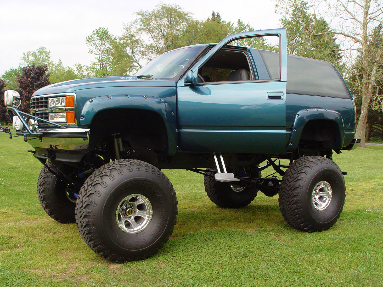 monster chevy, lifted 4x4, lifted chevy for sale in Three ...