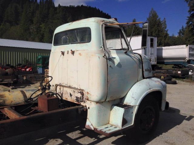 NO RESERVE 1953 Ford C800