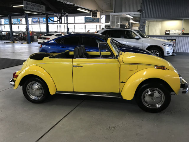 no reserve 1972 vw beetle convertible yellow lots of new parts no reserve. Black Bedroom Furniture Sets. Home Design Ideas