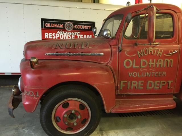 old fire truck for sale in goshen kentucky united states. Black Bedroom Furniture Sets. Home Design Ideas
