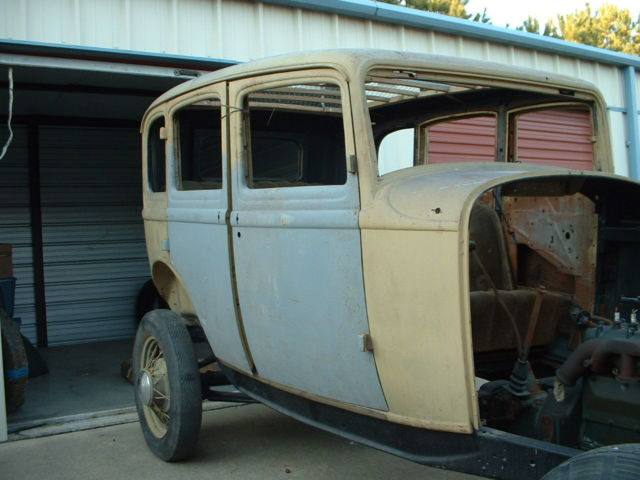 Original 1932 ford 4 door sedan body with original for 1932 ford four door