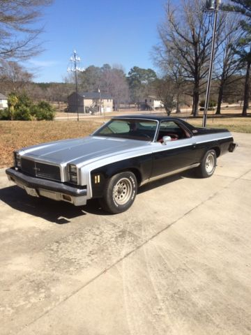 Gmc Vs Chevy >> RARE 1976 GMC SPRINT (GMC version of the El Camino) Black & Silver for sale in Liberty Hill ...