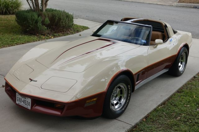 Rare 1981 Chevrolet Corvette W 4 Speed Manual Amp Low Miles