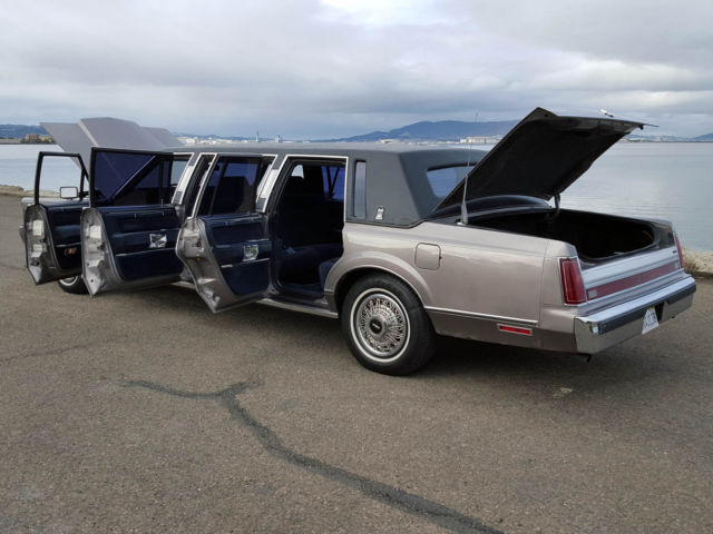 Rare 1988 Lincoln Town Car Unique Six Door Personal Limousine Only