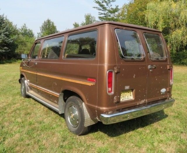 Rare Short Wheelbase Window Van With Manual O  D