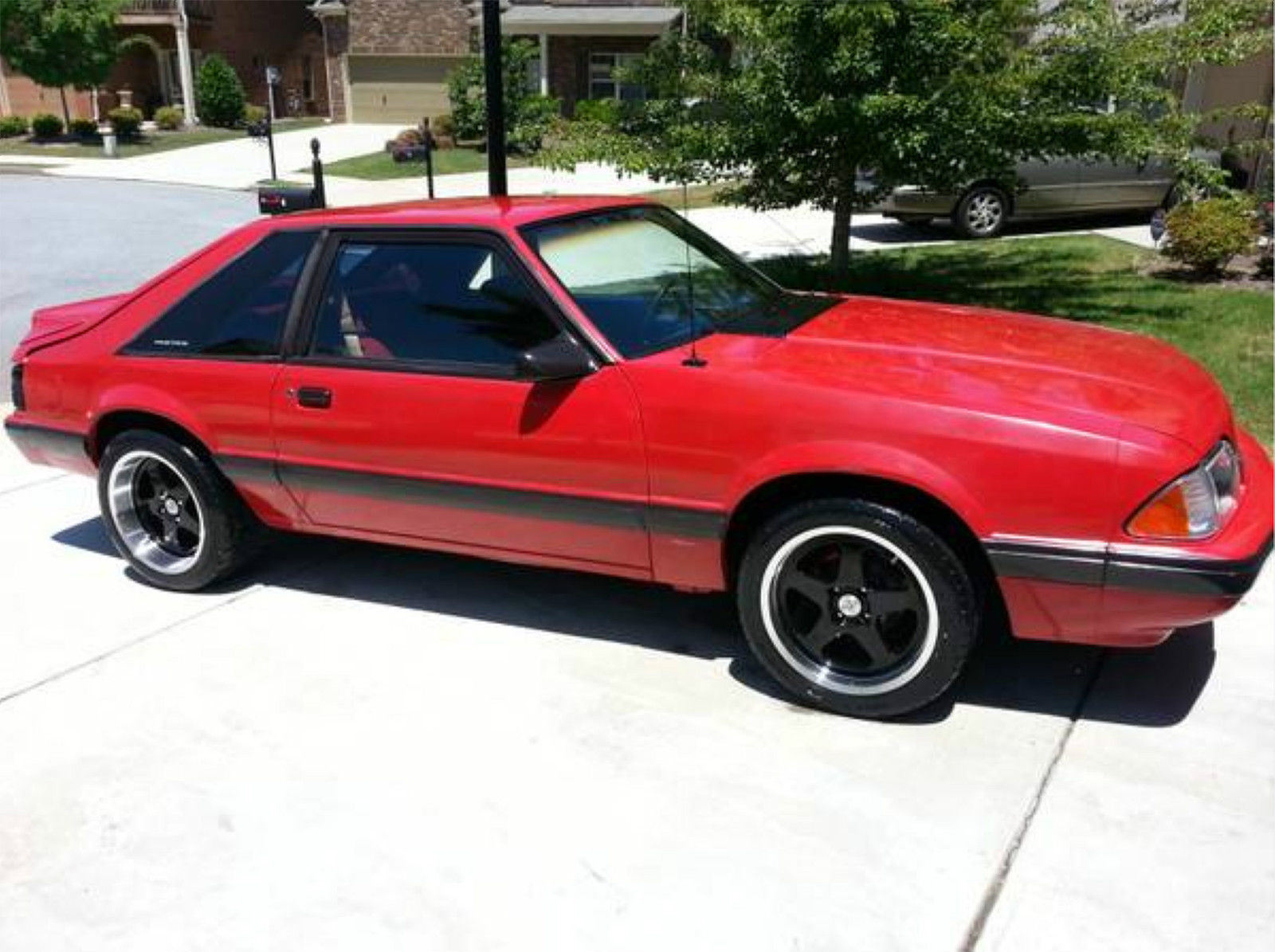 red and black 1991 ford mustang lx manual 4 cylinder 67 000 miles for sale in tucker georgia. Black Bedroom Furniture Sets. Home Design Ideas