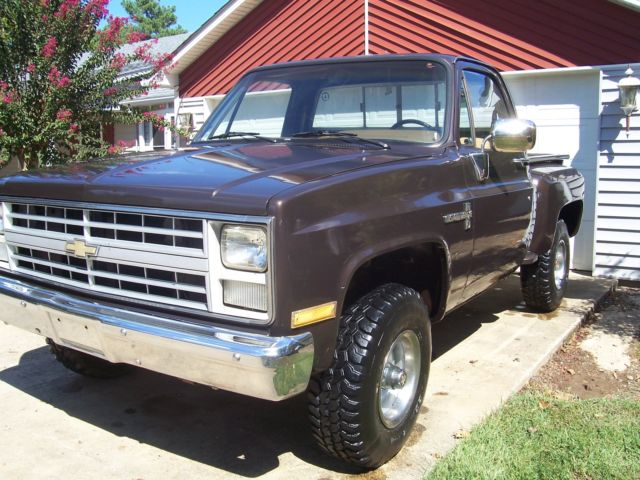 rust free 1985 chevrolet c10 4x4 swb k10 stepside new interior very nice truck for sale in hot. Black Bedroom Furniture Sets. Home Design Ideas