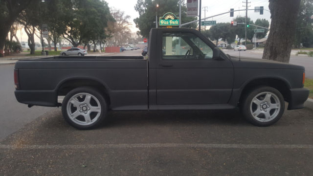S10 Cameo Edition Pickup Truck similar to GMC Sonoma GT Syclone