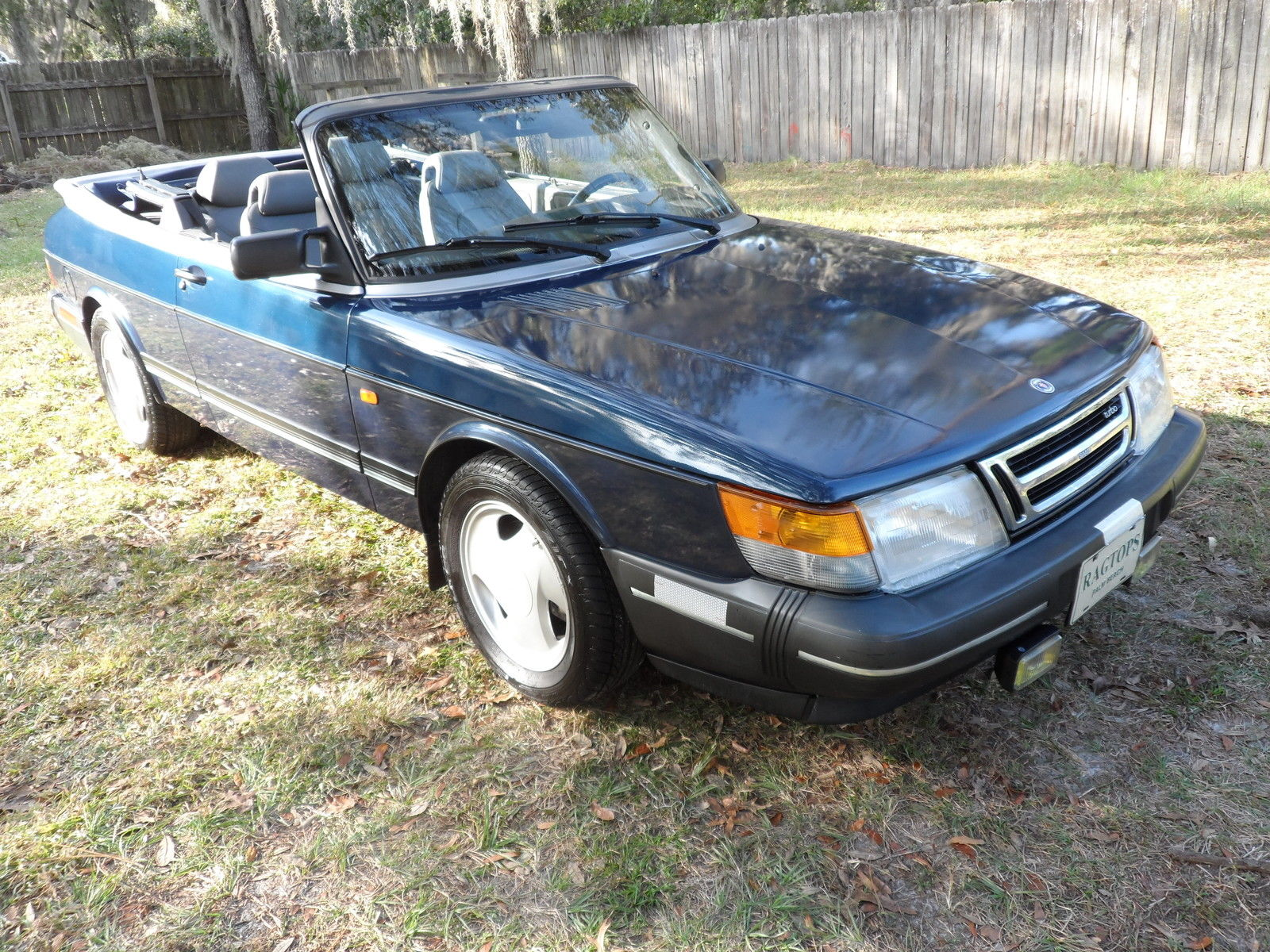 semi retirement sale 1993 saab 900 turbo convertible. Black Bedroom Furniture Sets. Home Design Ideas