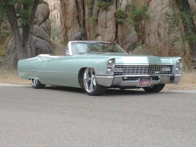 stunning 1967 cadillac deville convertible for sale in cave creek arizona united states. Black Bedroom Furniture Sets. Home Design Ideas