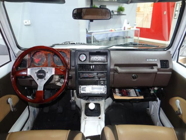 Suzuki samurai js suv soft top 5 speed low miles custom for Interior suzuki samurai