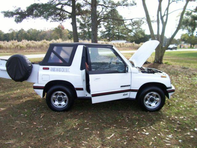 Suzuki Sidekick Back Seat