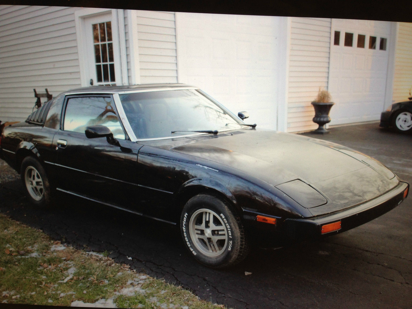 up for sale is a first gen 1979 mazda rx7 sa22c for sale in colmar pennsylvania united states. Black Bedroom Furniture Sets. Home Design Ideas