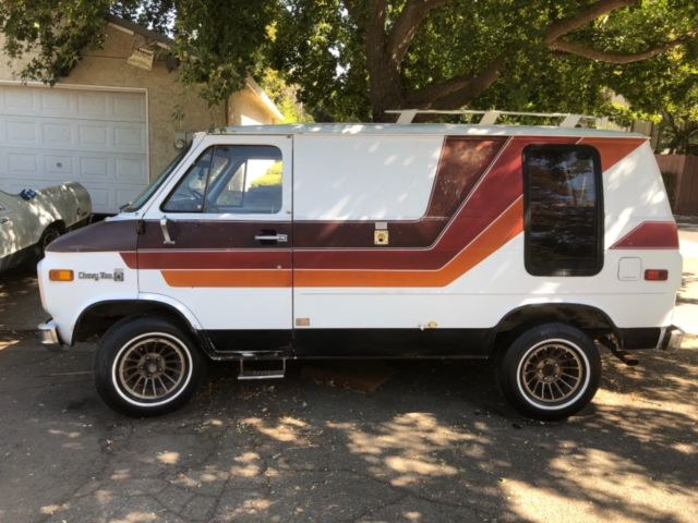 Used Chevy shorty van for sale: photos, technical