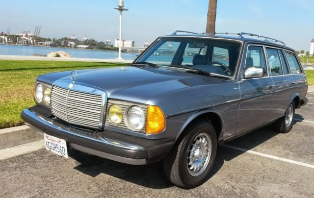 Very Dry Californian 83 Mercedes W123 300 Td Station Wagon Very