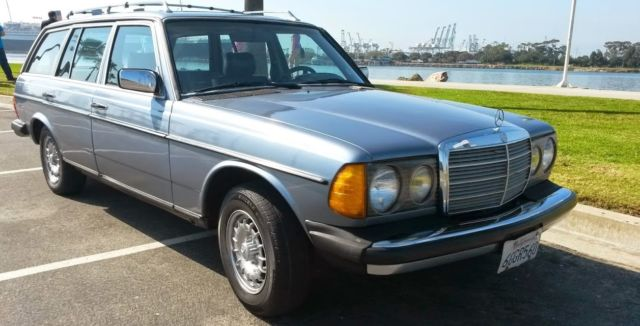 Very dry californian 83 mercedes w123 300 td station wagon for Mercedes benz long beach service