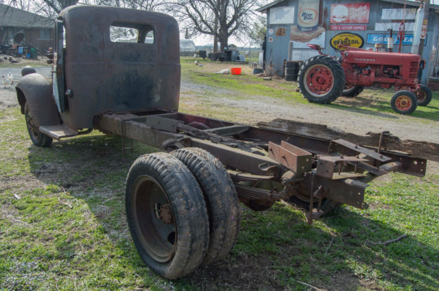 Vintage 1939 Dodge Truck Or Later For Restore Or Parts For
