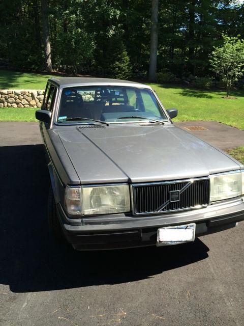 Volvo Of Wellesley >> Volvo : 240 Base Wagon 4-Door for sale in Wellesley ...