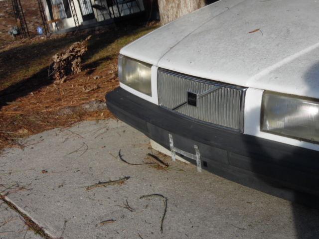 volvo   940 1994 940 volvo sedan 4 door with sunroof parts